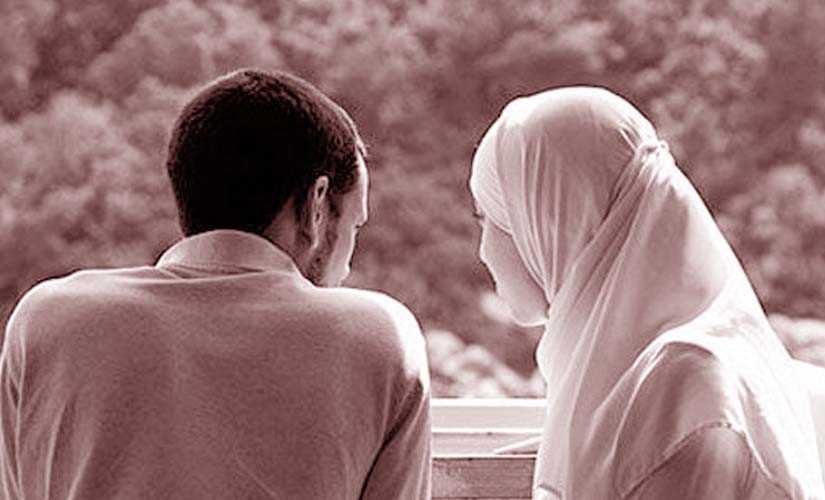 بوابة روز اليوسف حكم تقبيل الزوج لزوجته في نهار رمضان